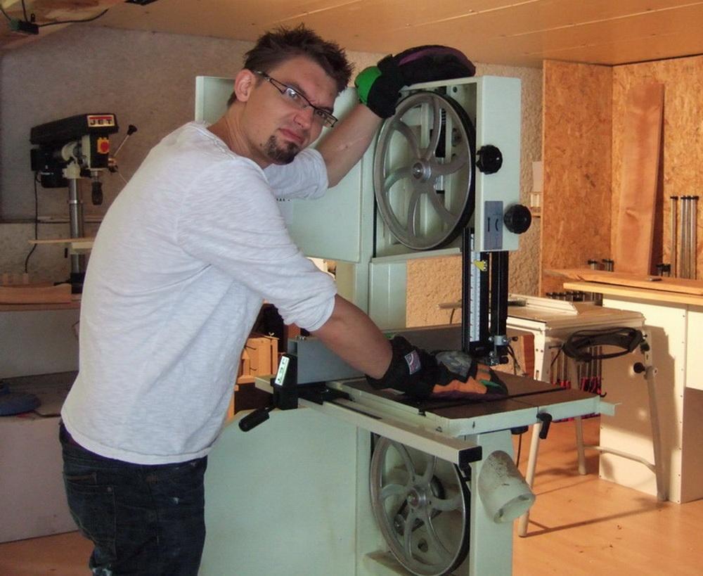 copain des copeaux articles de menuiserie 2012 changer de lame de scie ruban et autres. Black Bedroom Furniture Sets. Home Design Ideas